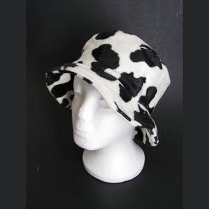 036ad29e679f0 Accessories - Cow Print Bucket Hat Faux Fur Black and White S M